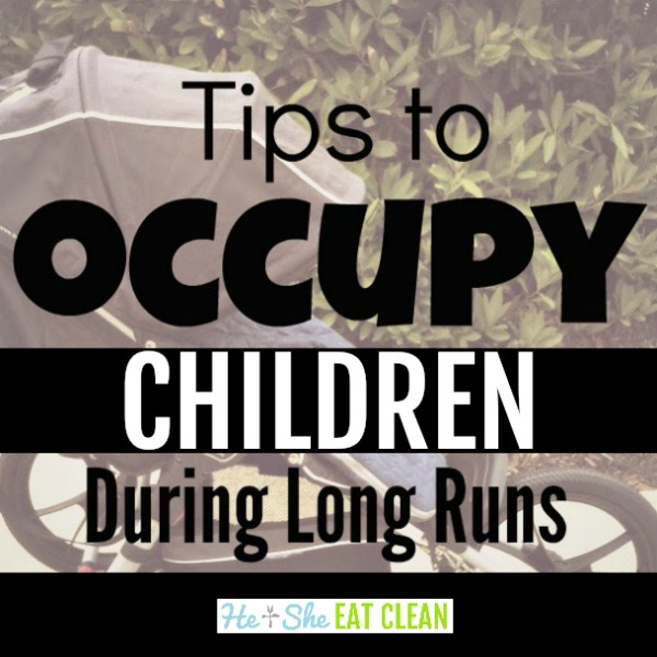 jogging stroller with text that reads tips to occupy children during long runs
