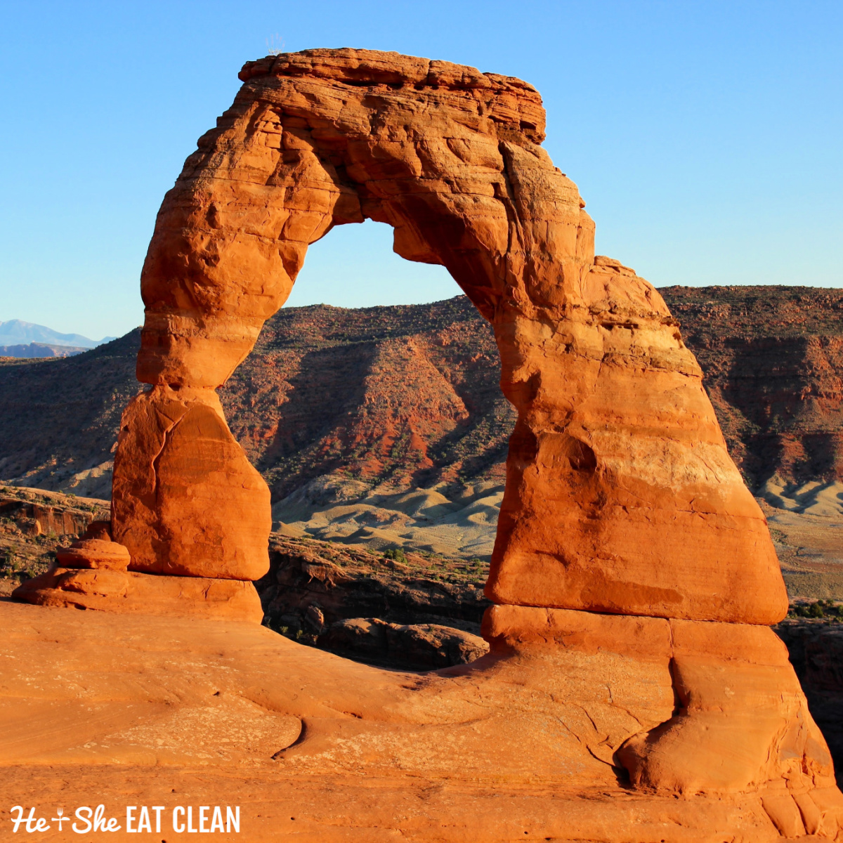 Delicate Arches in Arches National Park with blue sky