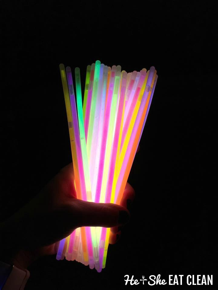 glow-sticks-halloween-alternative-to-candy-fun