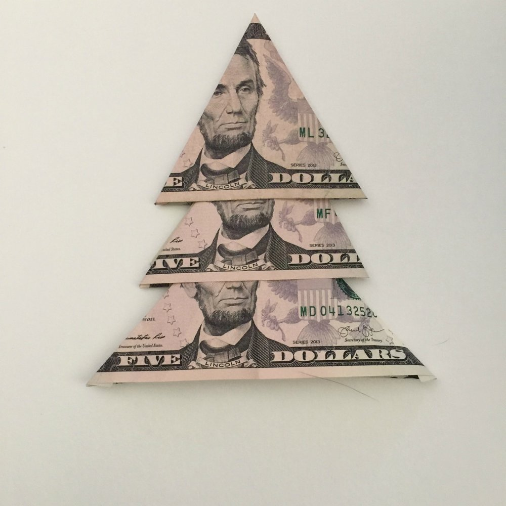 How to fold a Christmas money tree.